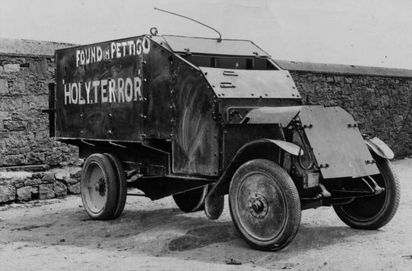1921-lancia-triota-1921-armoured-truck-captured-from-the-british-forces-by-the-ira.jpg